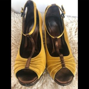 Satin yellow ankle strap heel pumps sandals brown